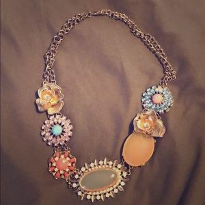Vintage look necklace